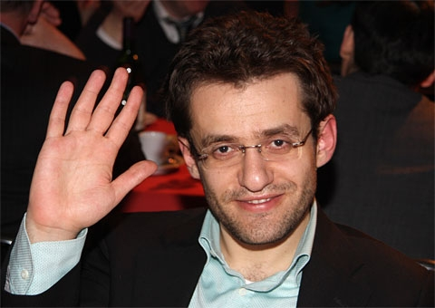 Armenia's Aronian becomes 2-time World Chess Cup winner