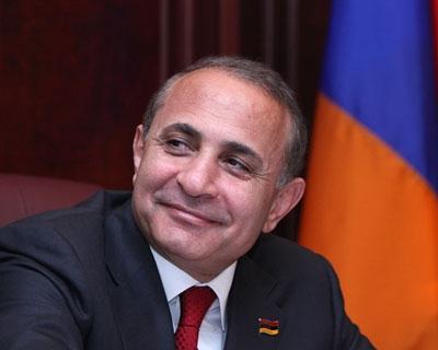 Նոր վարչապետին ուղղված շնորհավորանքների «հեղեղը» չկա.«Հրապարակ»
