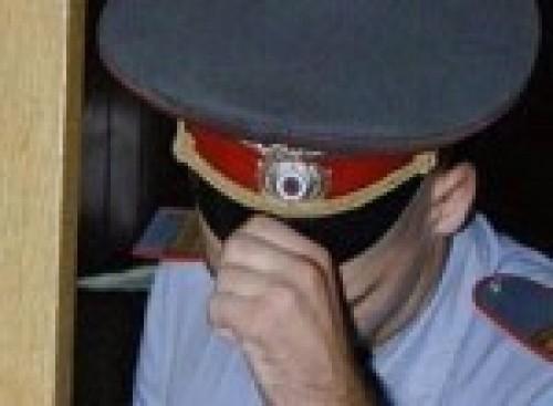 Երևանում մի ոստիկան մի քանի օր է գումար է խնդրում անցորդներից՝ տրանսպորտից օգտվելու համար. «ՀԺ»