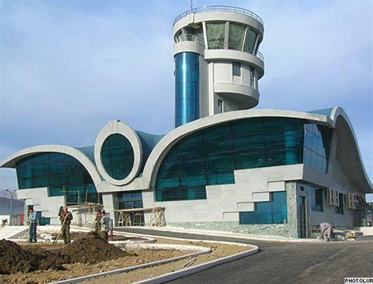 Հայաստանը թքած ունի ադրբեջանական շանտաժների վրա. Ստեփանակերտի օդանավակայանը շուտով գործելու է