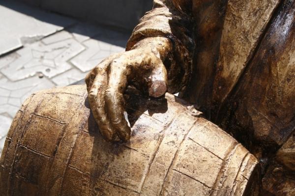 Ֆրունզիկի արձանը ՄԵԿ ՕՐ ԷԼ ՉԴԻՄԱՑԱՎ
