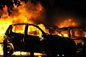 Խոշոր ավտովթար՝ Սյունիքի մարզում. Mercedes-ը բախվել է Opel-ին ու հետո ամբողջովին այրվել. կան վիրավորներ