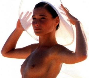 ՍԱՐԿՈԶԻԻ կնոջ՝ Կարլա Բրունիի ՄԵՐԿ լուսանկարները