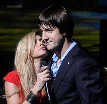 Վերա Բրեժնևան համբուրել է հայ ֆուտբոլիստին
