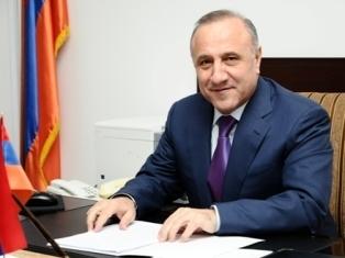 Правительство Армении утвердило отставку губернатора Ширакской области Ашота Гизиряна