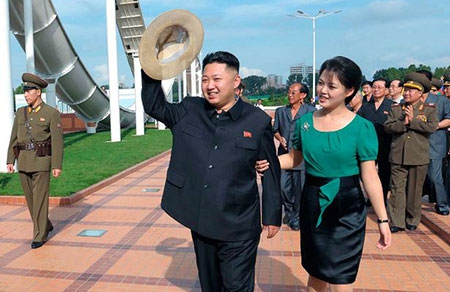 Лидер Северной Кореи Ким Чен Ын расстрелял бывшую подружку за съемки в порно
