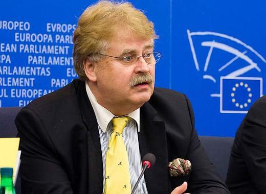 Հնարավոր չէ կիսով չափ հղի լինել. ԵՄ պաշտոնյան`Հայաստանի անդամակցման  ցանկությունների մասին