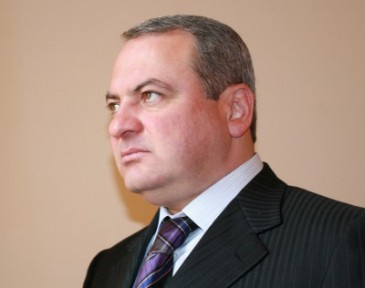 Կարեն Կարապետյան. ամեն մի կազյոլ իրան լրագրողի տեղ ա դնում.yerkir.am