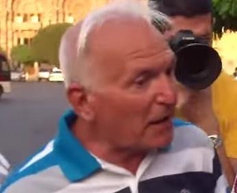 Ադրբեջանցի է արդյո՞ք ոստիկանից ապտակ ստացած պապիկը. անձնագիր....