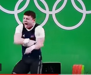 Armenian Andranik Karapetyan weightlifter's arm snaps during Rio Olympic Games