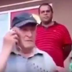 Ալո, ժողովուրդ... Ինչպես է հայ պապիկը միտինգի ժամանակ խոսում....