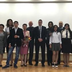 Րաֆֆի Հովհաննիսյանն ու Անահիտ Բախշյանը՝ միասին